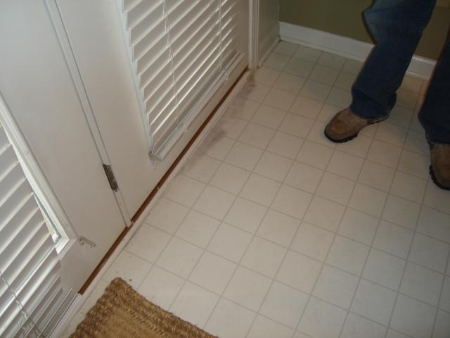 Mold under vinyl flooring home fatare for Hardwood floors hurt feet