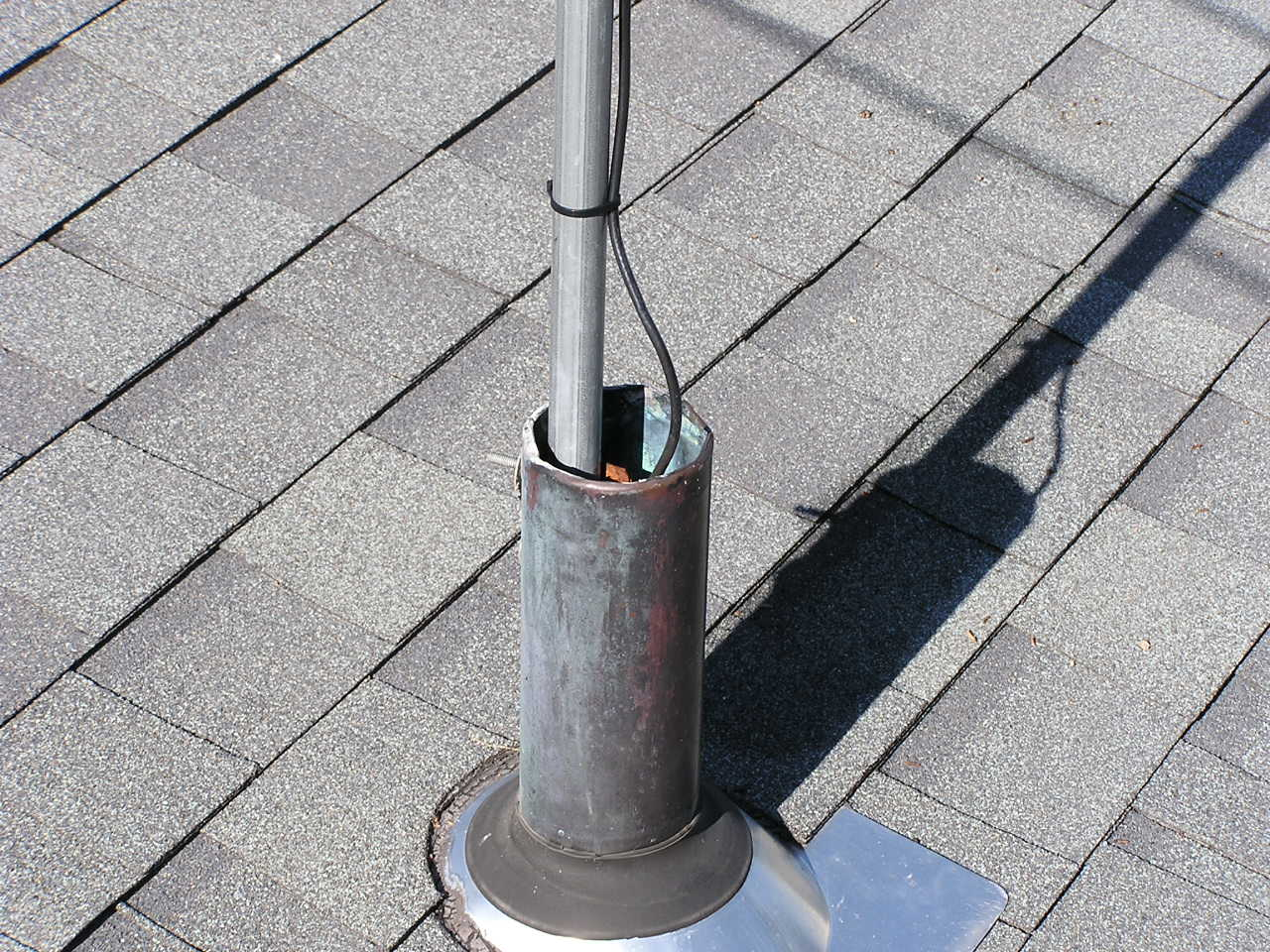 Roof mounting a 2-meter J-pole antenna on a vent pipe | QRZ