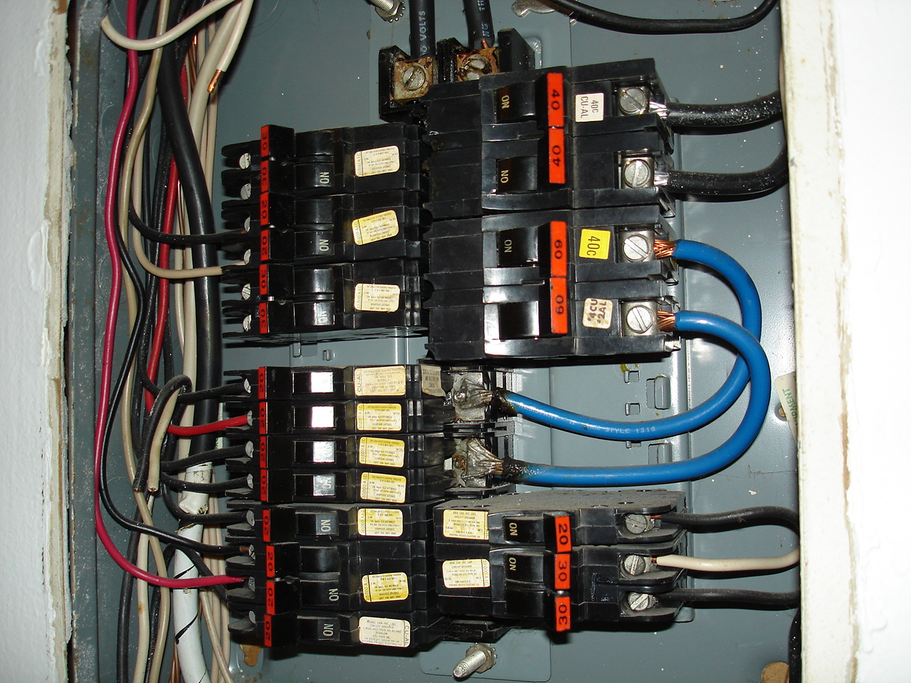 They Dont Make Factory Panels Like Used To Internachi Split Bus Electrical No Main Breaker