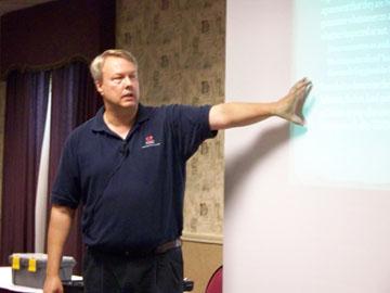 InterNACHI member, Mark Nahrgang, conducts training for a full house of Missouri Realtors