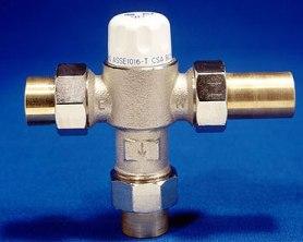 Las válvulas antiquemaduras son utilizados para regular la temperatura de agua en los edificios