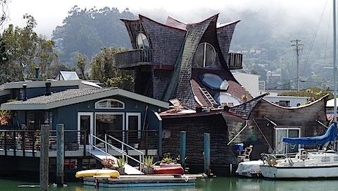 Inspecting Floating Homes - InterNACHI
