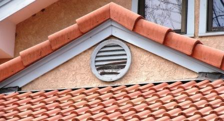 This Is A Typical Headwall Flashing Installation, Except For The Corners,  Which Have Had Lead Sheet Installed And Sealed Against The Fascia.