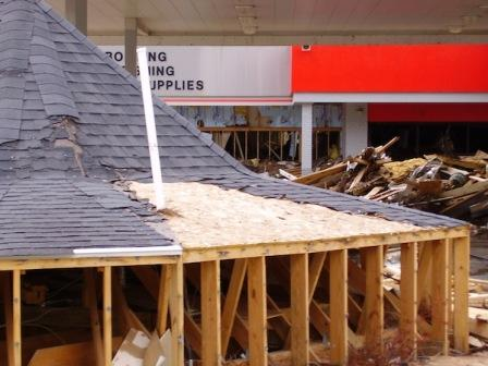 1 42 5 How Wind Can Damage Your Roof