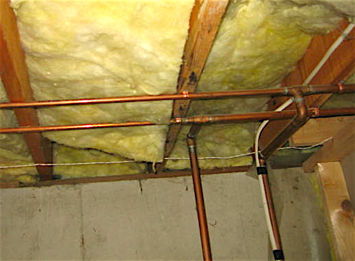 Inspecting Pipes In Exterior Walls And Pipe Insulation
