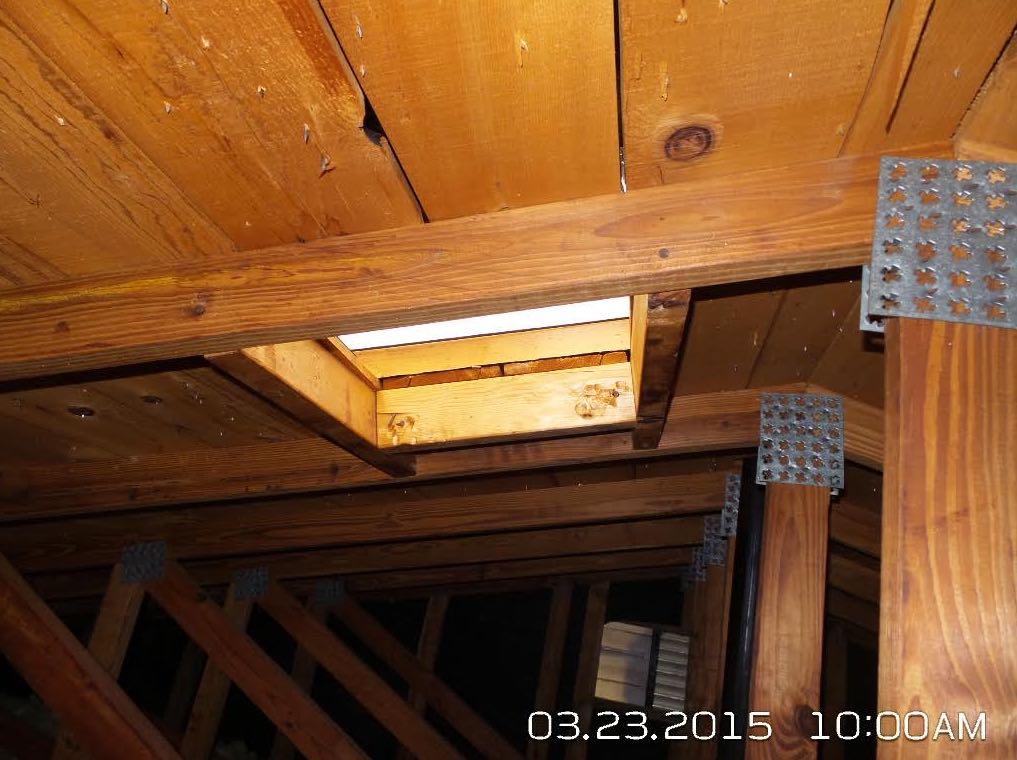How to Inspect the Skylight Shaft Wall Insulation - InterNACHI