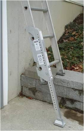 Ladder levels can be used on uneven surfaces.