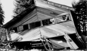 Pièce au dessus d'un garage qui s'est effondré